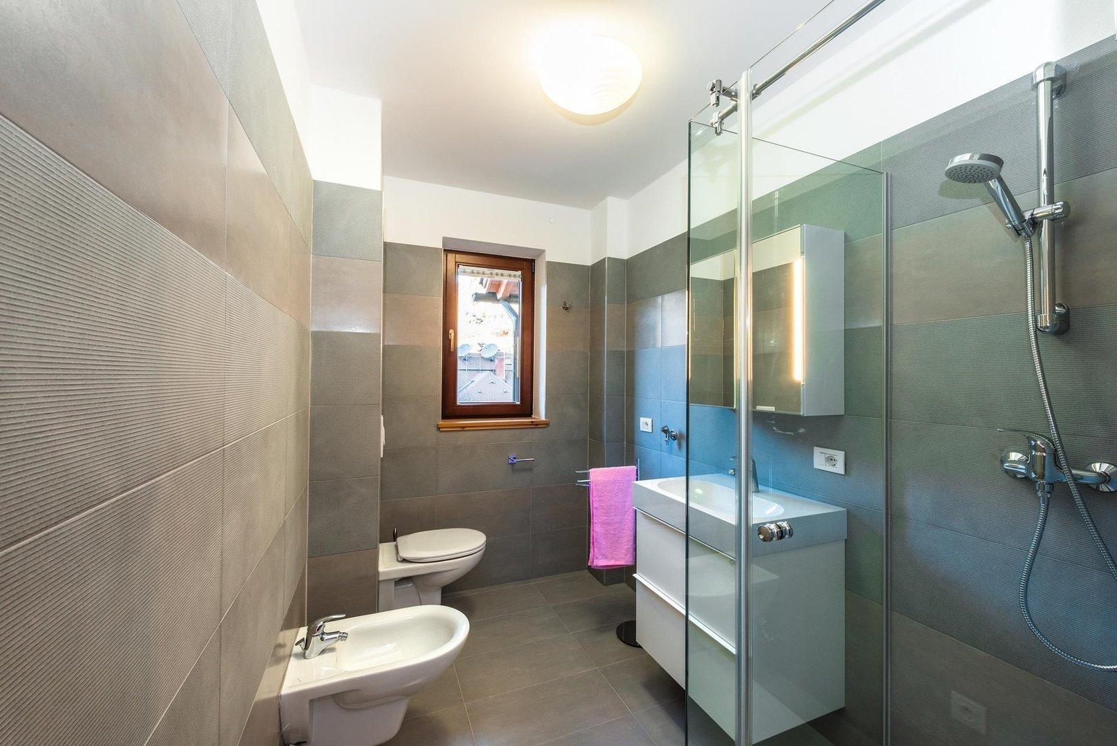 Three room mansard apartment type d waldresidenze for Mansard room